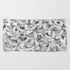 White pigeons Beach Towel