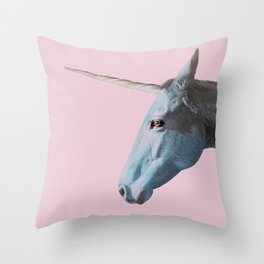 I really believe in myself Throw Pillow