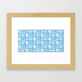 Coquillage in aqua Framed Art Print