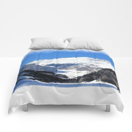 Lake Louise in Banff National Park Comforters