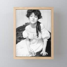 Evelyn Nesbit by Gertrude Kasebier, 1900 Framed Mini Art Print