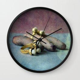 Tri-dents Wall Clock