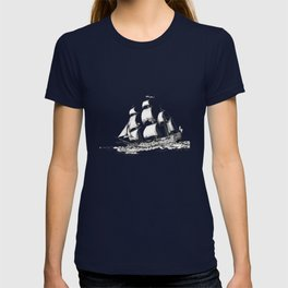 sailing ship . Home decor Graphicdesign T-shirt