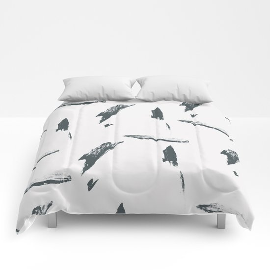 Abstract Pattern 002 Comforters