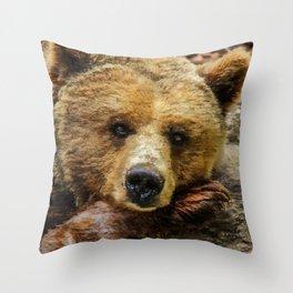 ArtAnimal Baer Throw Pillow