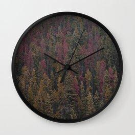 pinos de colores Wall Clock