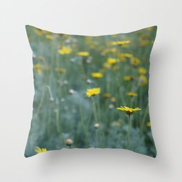 Little Yellow Daisy Throw Pillow