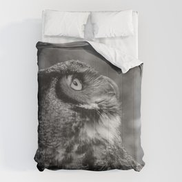 The Gaze by Teresa Thompson Comforters