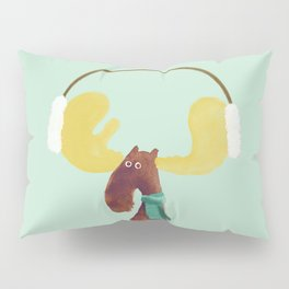 This moose is ready for winter Pillow Sham