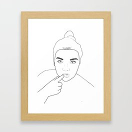 Minimale Gal Framed Art Print