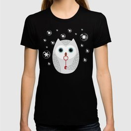 Christmas owl on red T-shirt