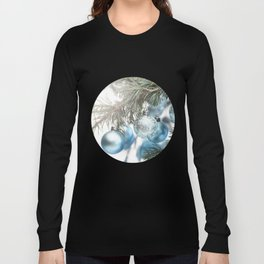 Blue Christmas baubles on tree Long Sleeve T-shirt