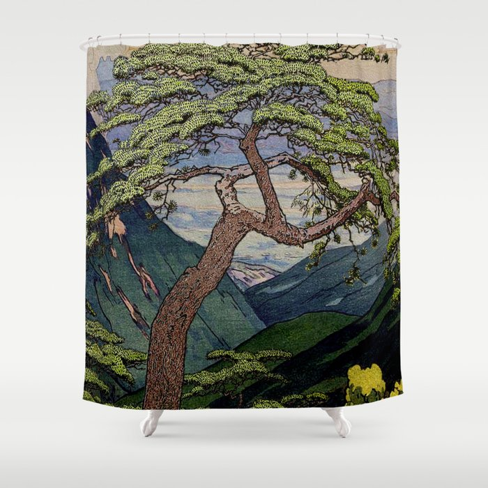 The Downwards Climbing Shower Curtain