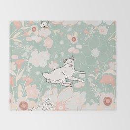 Vintage Momo Wonderland Throw Blanket