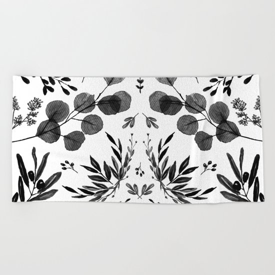 Black and white scence Beach Towel
