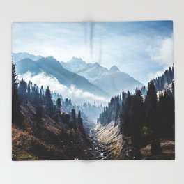 VALLEY - MOUNTAINS - TREES - RIVER - PHOTOGRAPHY - LANDSCAPE Throw Blanket