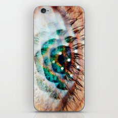 Green Eyes Hypnotize iPhone & iPod Skin