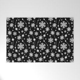 Festive Black and White Snowflake Pattern Welcome Mat