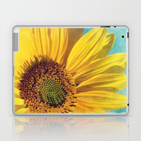 pure sunshine Laptop & iPad Skin