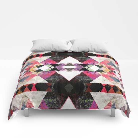 Graphic 115 Z Comforters