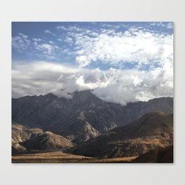 wrinkle mountain Canvas Print