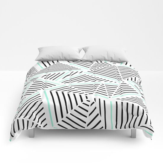 Ab Linear Zoom With Mint Comforters