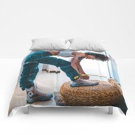 Halsey 22 Comforters