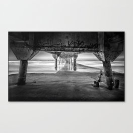 Under the Brigde Canvas Print
