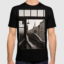 BERLIN TELETOWER - urban landscape T-shirt