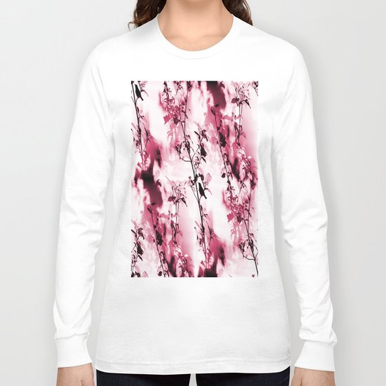 Silhouette of songbird on a branch Long Sleeve T-shirt