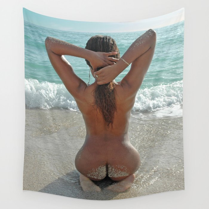 Beautiful naked beach girls pic 731