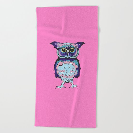 Small Owl Pink Beach Towel