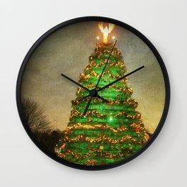 Rockland Lobster Trap Christmas Tree Wall Clock
