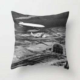 Zeppelin arrival over New Jersey Throw Pillow