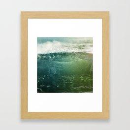 Vagues Jumelles Framed Art Print
