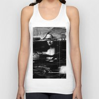 glitch Tank Tops featuring Mona Lisa Glitch by nicebleed