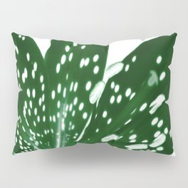 Lily Infrared In Green Pillow Sham