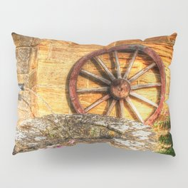 Olde English Rustic Water Pump and Well Pillow Sham