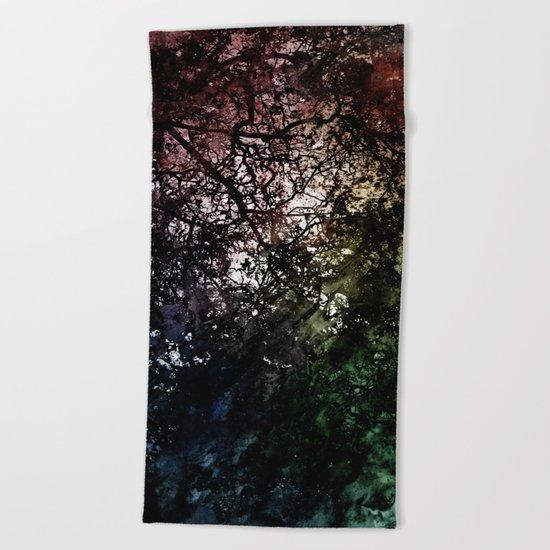 ξ Grumium Beach Towel