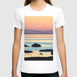 Circle of Rocks and the Sea at Dusk T-shirt