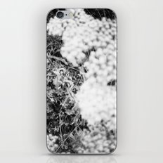 La Bonheur iPhone & iPod Skin