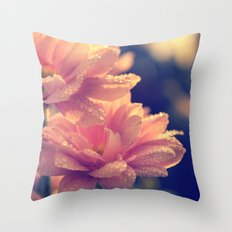 Warm thoughts Throw Pillow