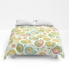 Hedgehog Paisley_Green outline Comforters