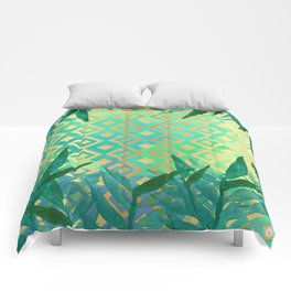 Pattern geometric gold and leaf Comforters