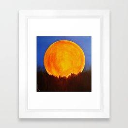 BELLA LUNA Framed Art Print