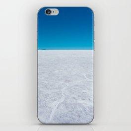 Wide Open Spaces, Salar de Uyuni Salt Flat, Bolivia iPhone Skin