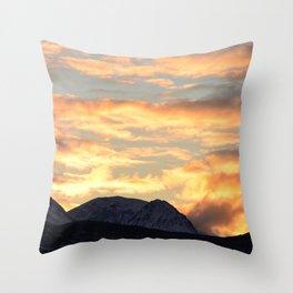 Good Morning Last Frontier! Throw Pillow