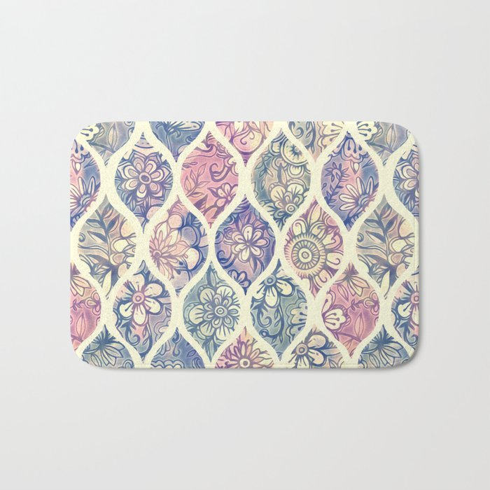 Patterned & Painted Floral Ogee in Vintage Tones Bath Mat