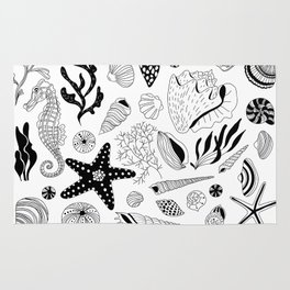Tropical underwater creatures and seaweeds Rug