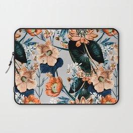 Flowering autumnal botanic Laptop Sleeve